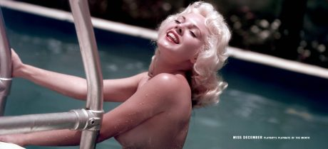 sexig blondin sommar pool